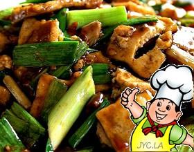 青蒜烧豆腐的做法